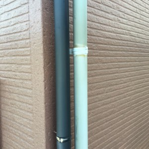 雨樋、配管塗装1