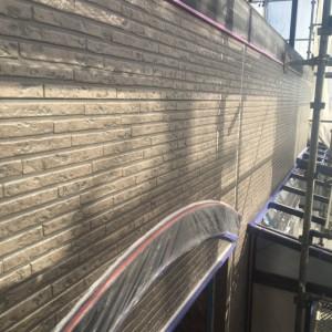 外壁ベース塗装1