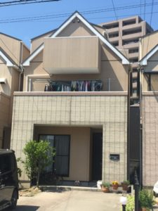 浜松市東区の外壁塗装リフォームの事例紹介|外壁の再塗装で光沢のある綺麗な外観に!