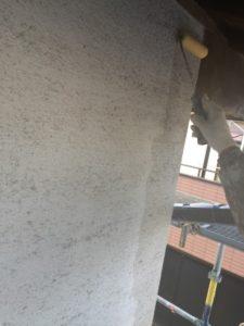 【浜松市】外壁塗装リフォーム工事のご紹介|汚れたシラス壁を真っ白に再生!